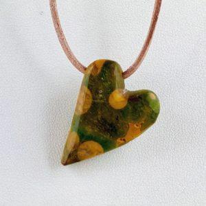 Jaspis, gebohrter Stein, Steinanhänger