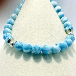 Larimarkette, wunderschönes Wellenspielblau