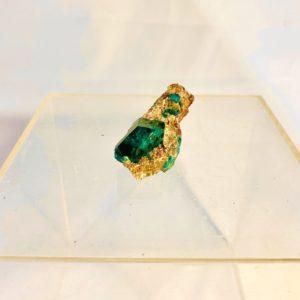 Dioptas Stufe, sehr feine Kristalle